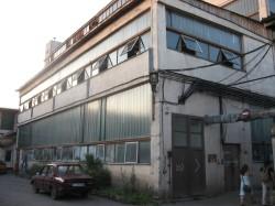 Galeria Fabrica de pensule (Perom). Exterior.