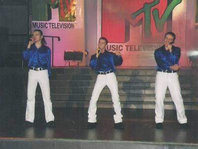 VALAHIA. Lansarea postului MTV. Bassam's Why Not. 2000