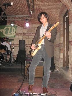 Van Cramp. Guitar. Adi Scripcariu